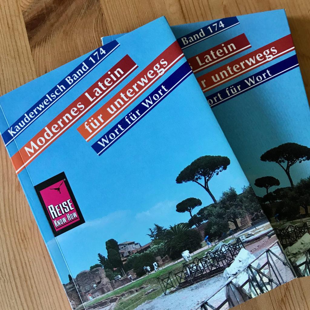 Modernes Latein für unterwegs, Kauderwelsch Band 174, von Dagmar Macedo
